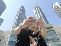 Petronas Twin Towers - Borneo