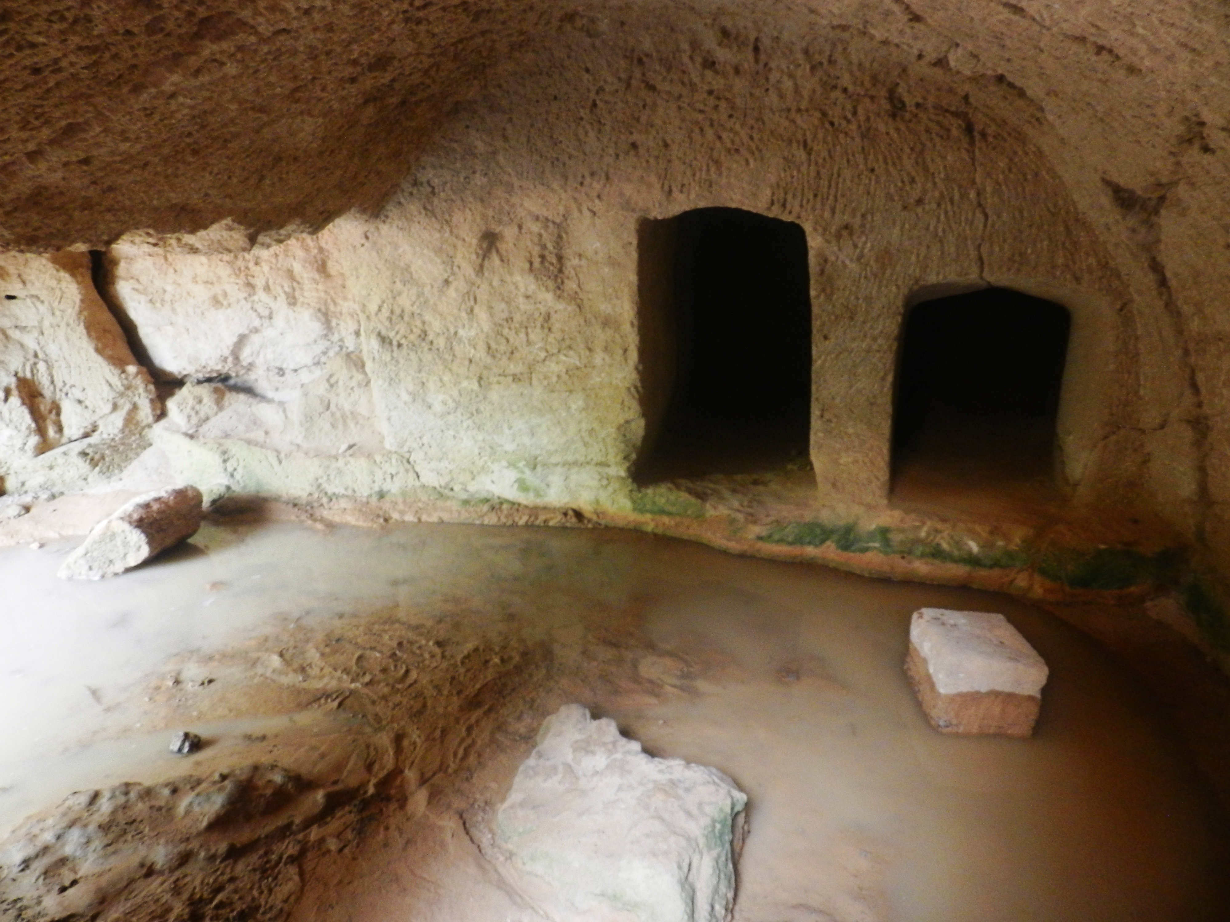 Cultura - Paphos: Tombs of the Kings