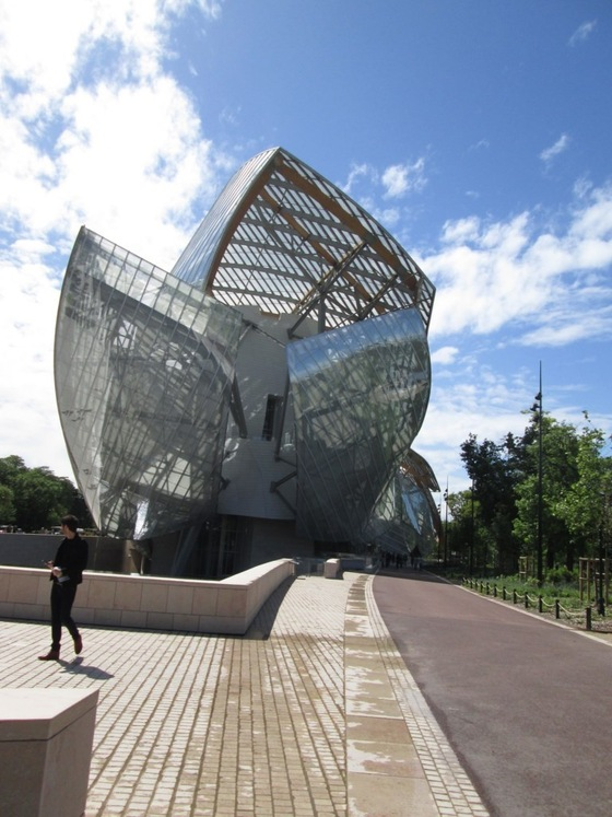 Cultura - Museo Vuitton - di yellowhand8