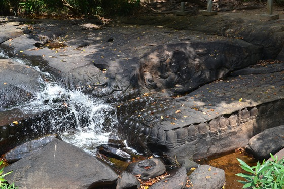 Cultura - Kbal Spean: sculture nel fiume - di fwaterty