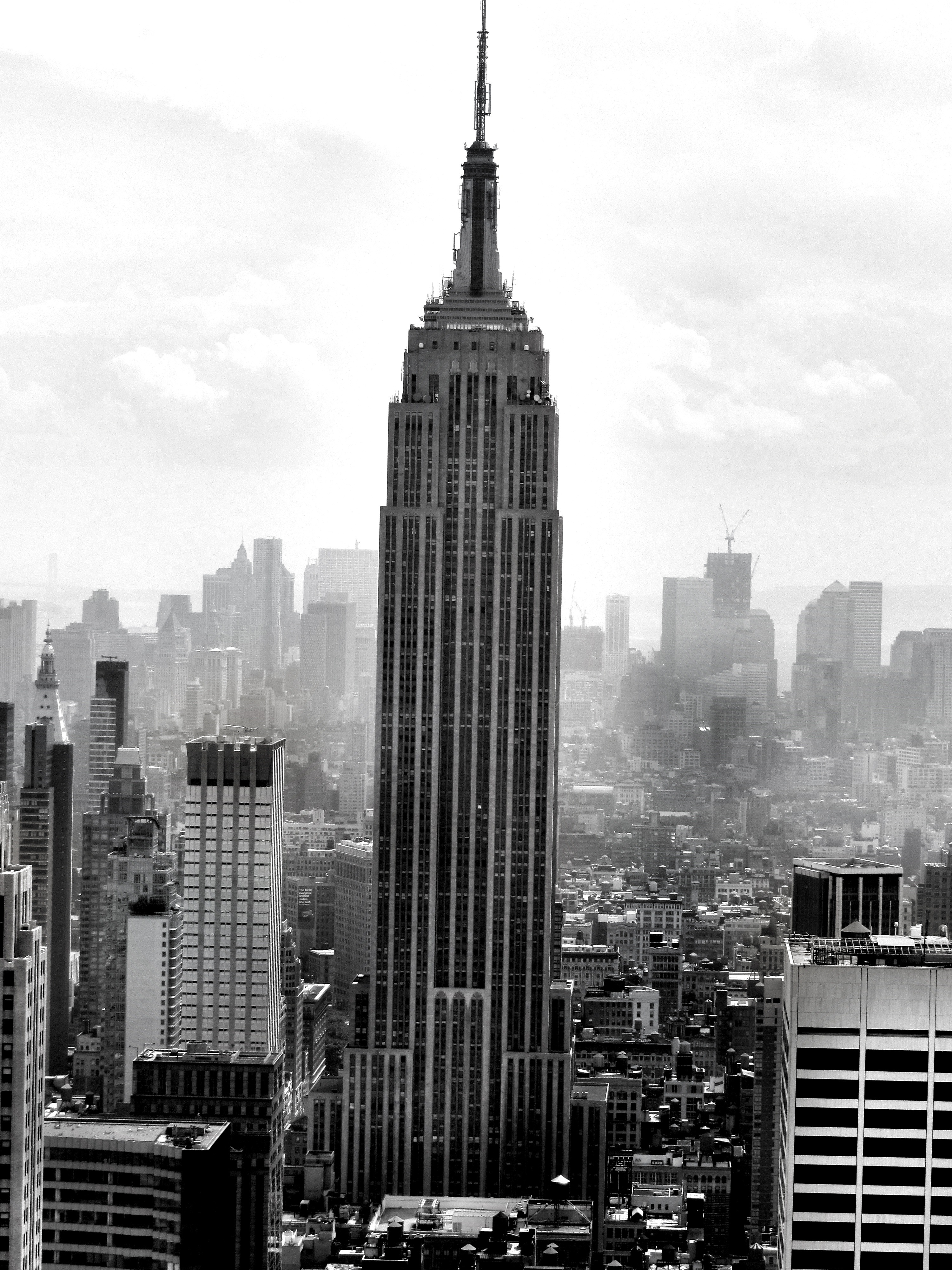 Radiators empire state and empire on pinterest for 102 floor empire state