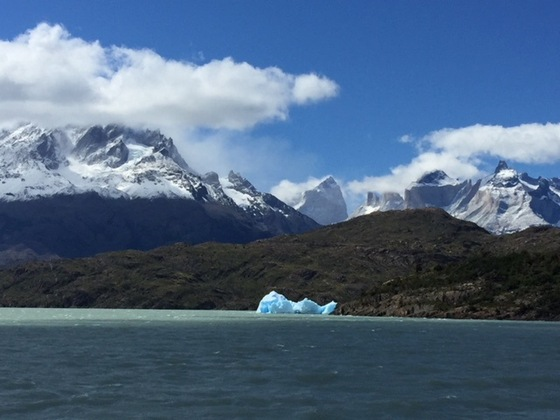 Isola di Pasqua - Iceberg sul lago Grey, Parque Nacional Torres del Paine - di The Cry of the Racoon