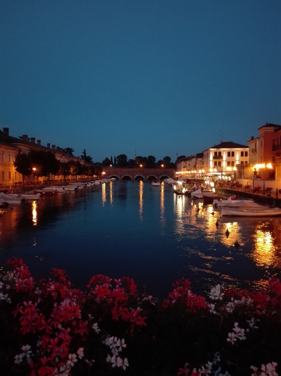 Italia - Peschiera del Garda by night - di Elena Edoardo