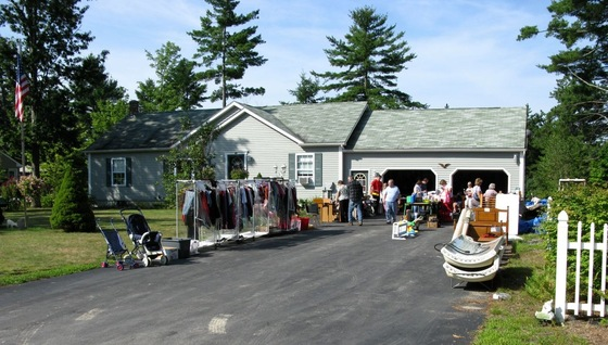 Massachusetts - Yard Sale - di danidisa