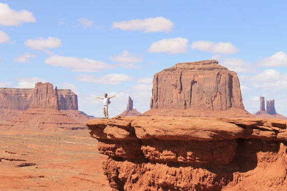 Monument Valley - Fly in the Monumente - di raptor68