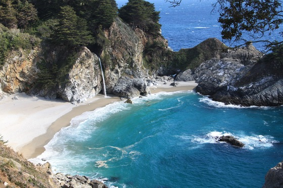 Parchi - Julia Pfeiffer Burns State Park McWay falls - di Maurizio e Betty