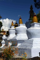 I chorten del Sangchoeling Gompa a Pelling - India